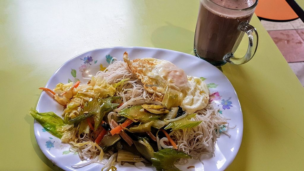 """Photo of Yong Hong Vegetarian - temporarily closed  by <a href=""""/members/profile/JimmySeah"""">JimmySeah</a> <br/>vermicelli with egg <br/> December 3, 2017  - <a href='/contact/abuse/image/58711/331711'>Report</a>"""