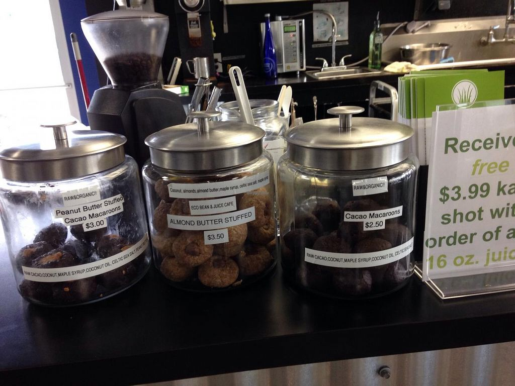 """Photo of Eco Bean and Juice  by <a href=""""/members/profile/cookiem"""">cookiem</a> <br/>Raw cookies <br/> May 30, 2015  - <a href='/contact/abuse/image/58828/104232'>Report</a>"""