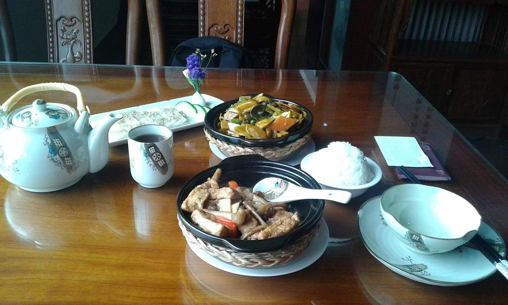 """Photo of Heshan Vegetarian  by <a href=""""/members/profile/Darteous"""">Darteous</a> <br/>My meal <br/> May 27, 2015  - <a href='/contact/abuse/image/58836/103646'>Report</a>"""