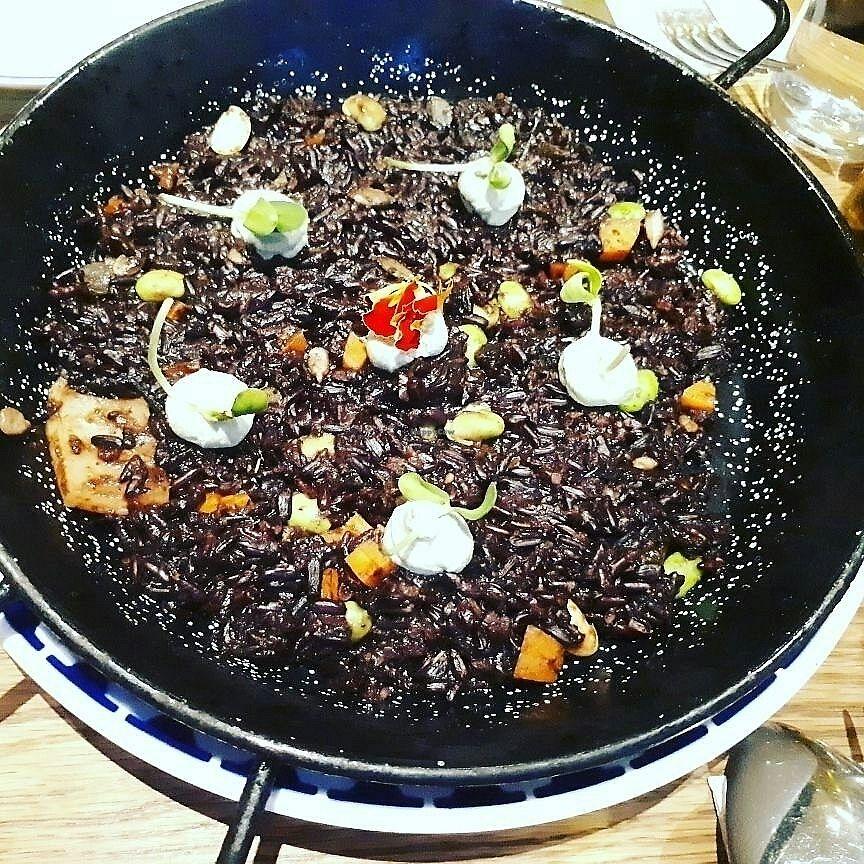 "Photo of Teresa Carles Cocina Vegetariana  by <a href=""/members/profile/MaritaTakvam"">MaritaTakvam</a> <br/>vegan and glutenfree black rice <br/> July 10, 2017  - <a href='/contact/abuse/image/5884/278872'>Report</a>"