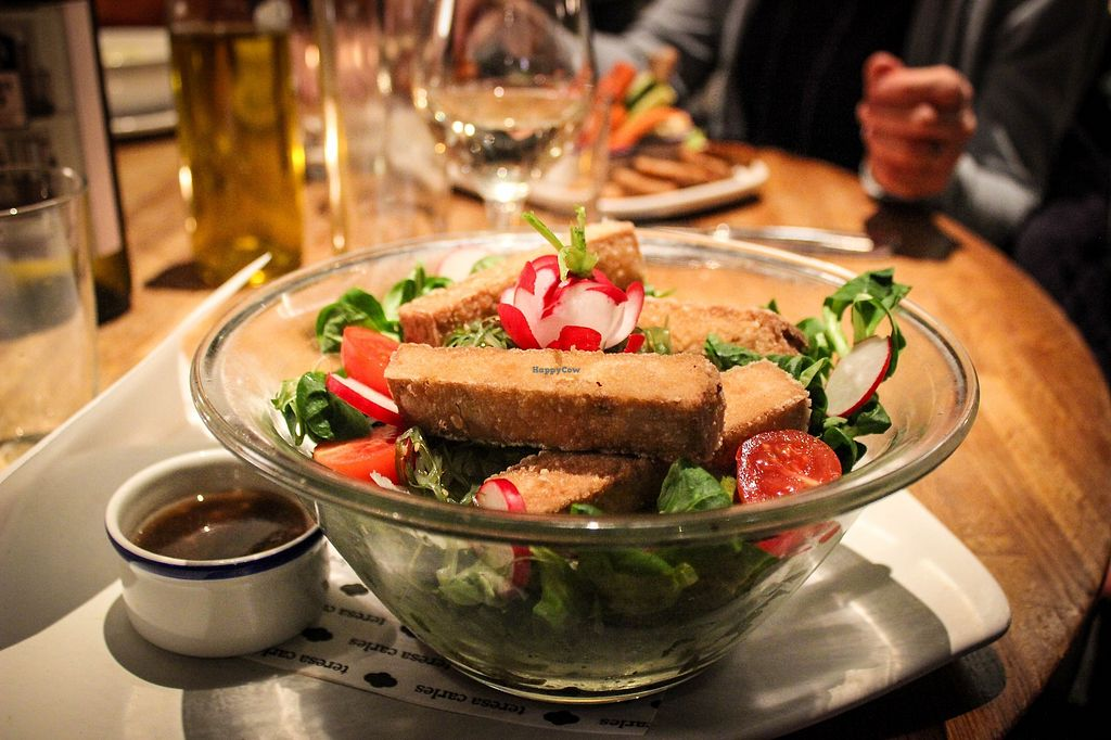"""Photo of Teresa Carles Cocina Vegetariana  by <a href=""""/members/profile/SueClesh"""">SueClesh</a> <br/>teresa goes to tokyo salad <br/> April 17, 2018  - <a href='/contact/abuse/image/5884/387117'>Report</a>"""