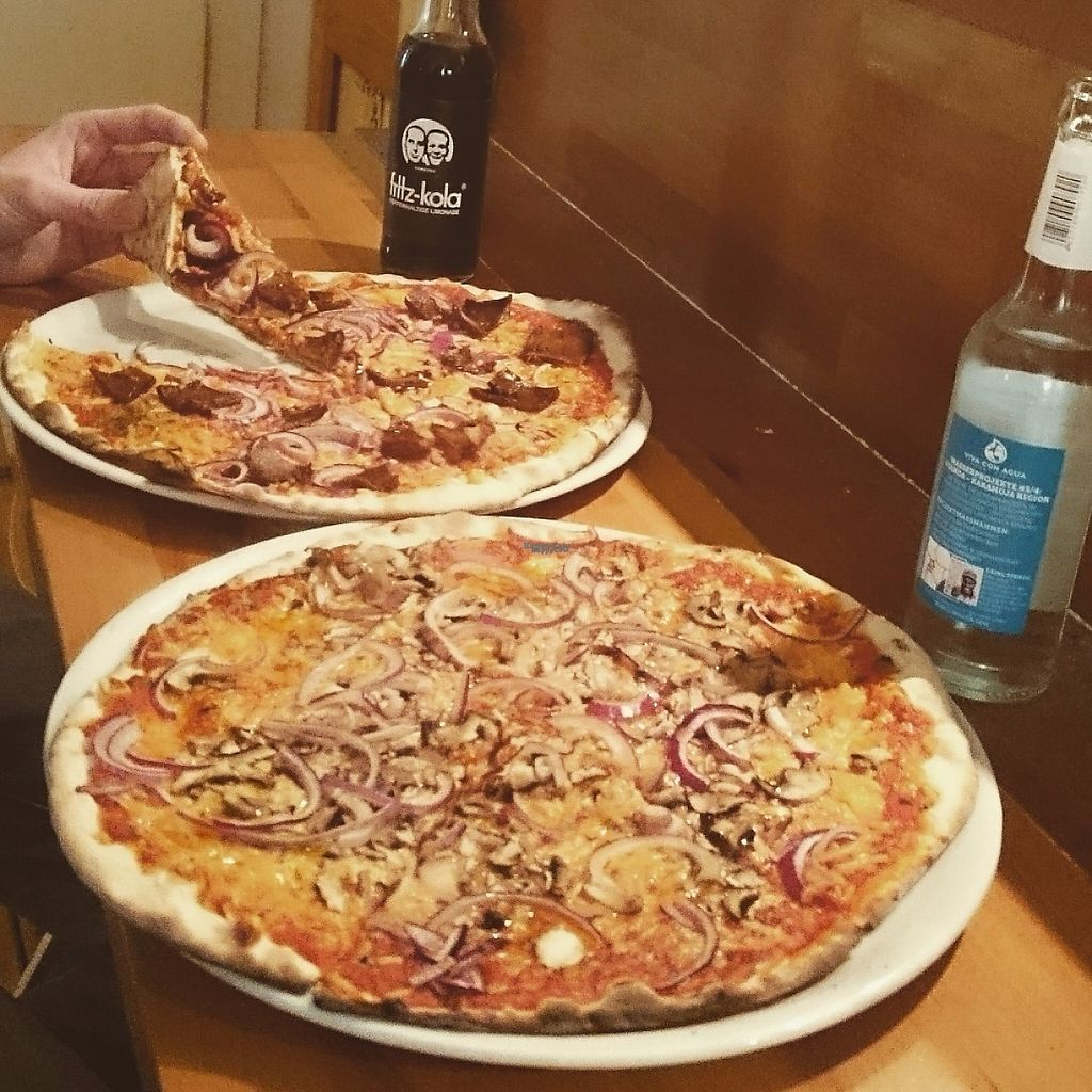 "Photo of Pizza Bande  by <a href=""/members/profile/Marcella98"">Marcella98</a> <br/>Vegan bacon!!  <br/> April 8, 2017  - <a href='/contact/abuse/image/58855/245801'>Report</a>"