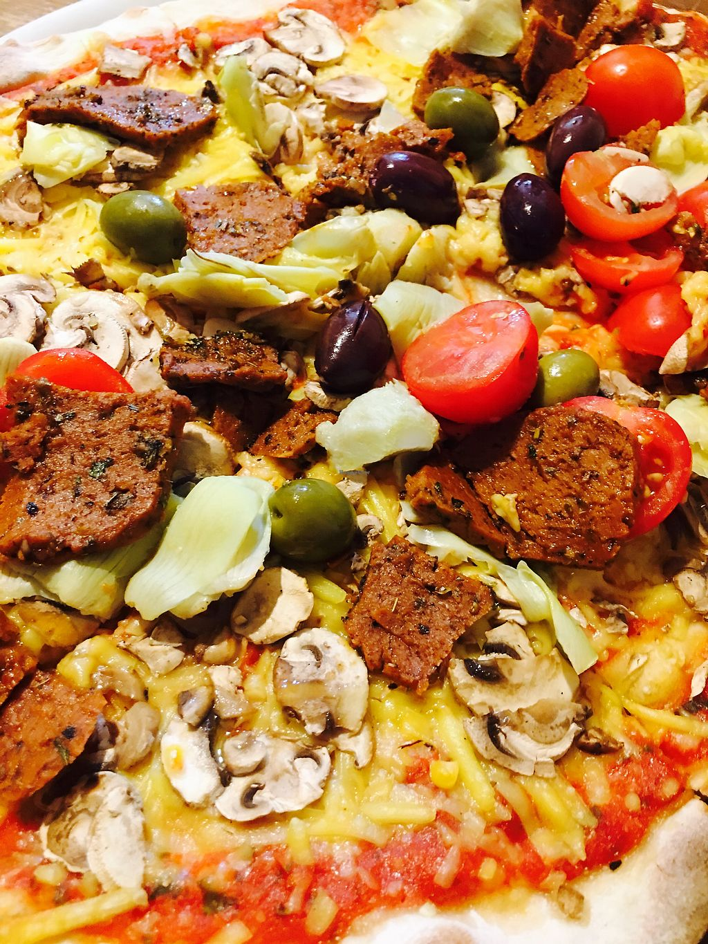 "Photo of Pizza Bande  by <a href=""/members/profile/KatarinaJoelsson"">KatarinaJoelsson</a> <br/>Pizza with vegan gyros <br/> July 21, 2017  - <a href='/contact/abuse/image/58855/282795'>Report</a>"