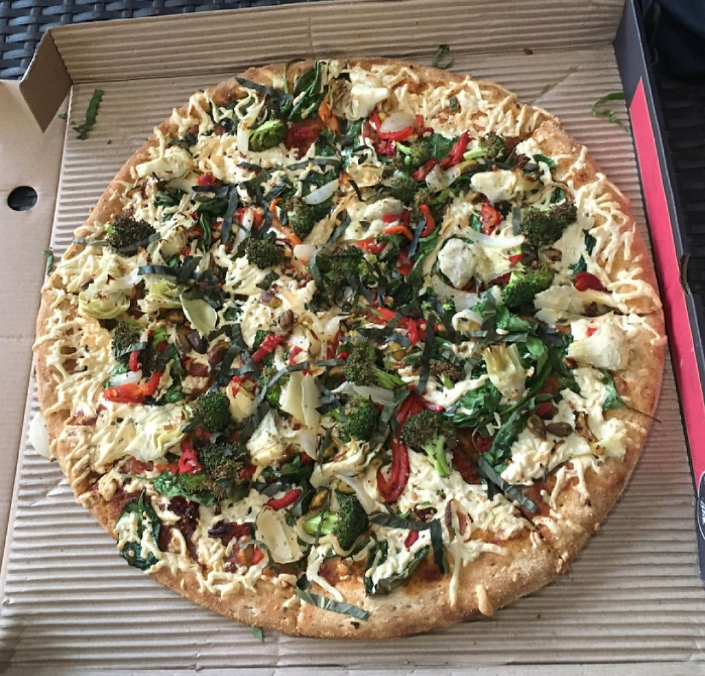 "Photo of CLOSED: Healthy Cow Pizza  by <a href=""/members/profile/ChristineLee"">ChristineLee</a> <br/>True vegan pizza (DELICIOUS) <br/> September 8, 2016  - <a href='/contact/abuse/image/58922/229095'>Report</a>"