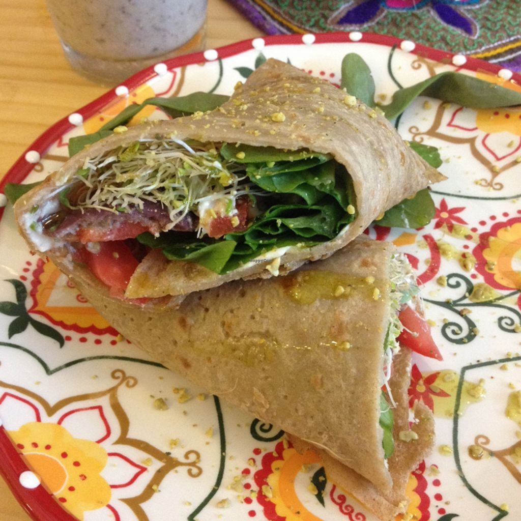"""Photo of CLOSED: La Chakra  by <a href=""""/members/profile/IsabelleZingo"""">IsabelleZingo</a> <br/>the Mediterranean wrap (14 soles), so delicious! <br/> April 18, 2016  - <a href='/contact/abuse/image/58930/145133'>Report</a>"""