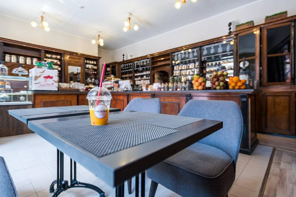 """Photo of CLOSED: Vaisine  by <a href=""""/members/profile/Marija%20Jure"""">Marija Jure</a> <br/>Mr. Smoothie in a stylish interior <br/> July 17, 2015  - <a href='/contact/abuse/image/58943/109716'>Report</a>"""