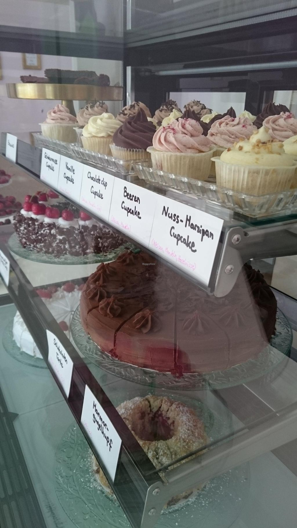"Photo of CLOSED: NomNom Vegan Bakery  by <a href=""/members/profile/babebibobu"">babebibobu</a> <br/>Cupcakes  <br/> June 20, 2015  - <a href='/contact/abuse/image/58970/106564'>Report</a>"