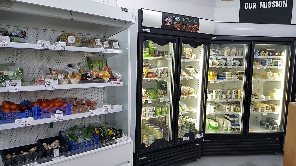 """Photo of Village Greens Community Co-Op  by <a href=""""/members/profile/Clare"""">Clare</a> <br/>organic veg and chilled goods <br/> April 6, 2017  - <a href='/contact/abuse/image/58983/245209'>Report</a>"""