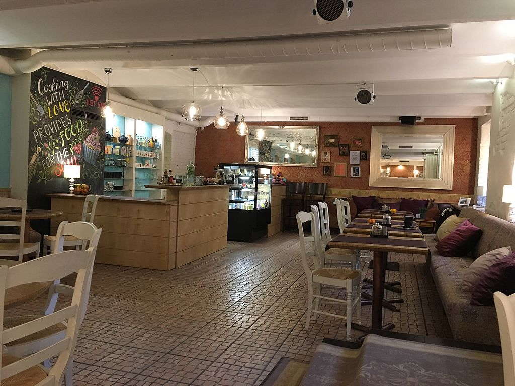"Photo of Bhajan Cafe  by <a href=""/members/profile/AndyDennis"">AndyDennis</a> <br/>Bhajan cafe <br/> November 21, 2017  - <a href='/contact/abuse/image/59000/327777'>Report</a>"