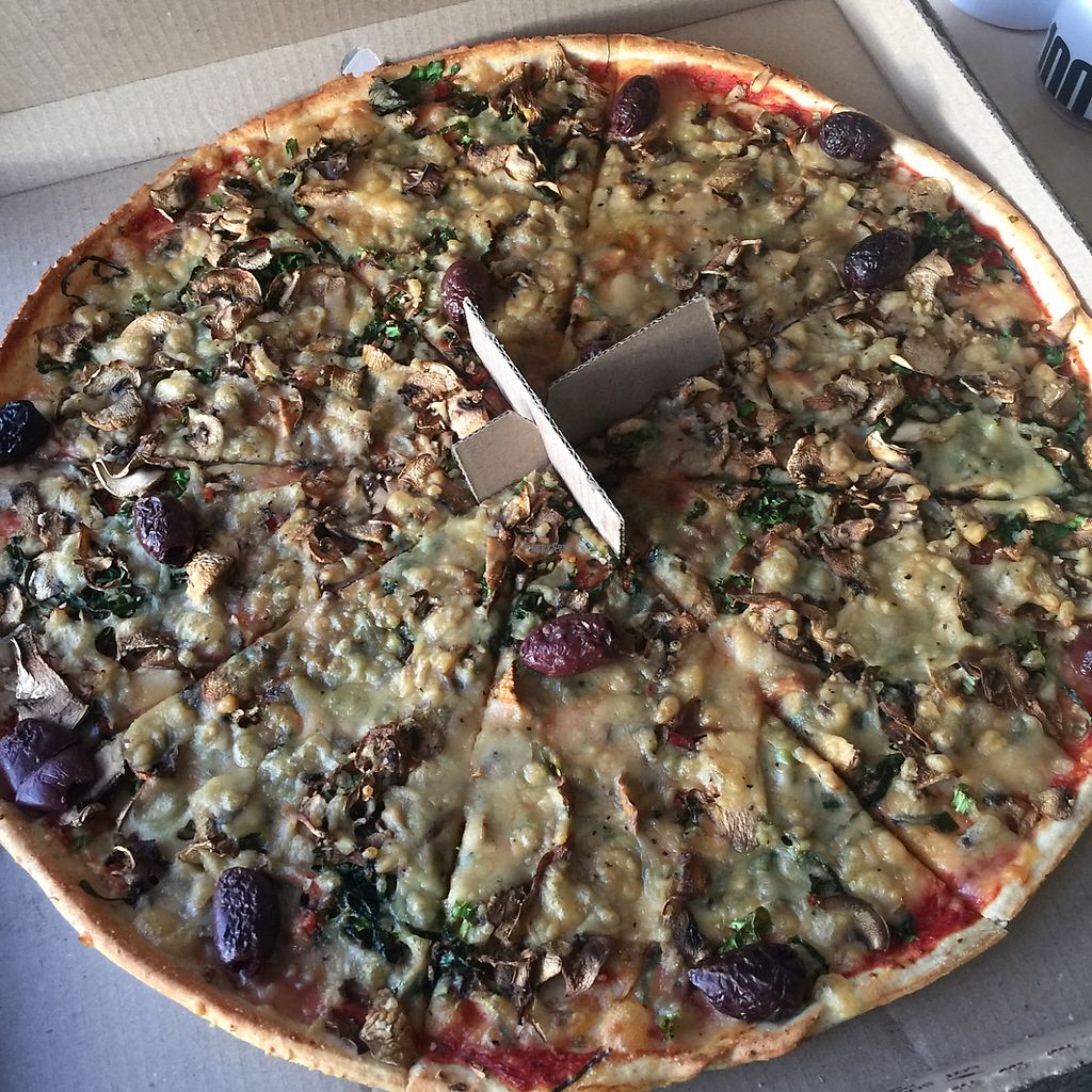"""Photo of Hell Pizza  by <a href=""""/members/profile/altricial"""">altricial</a> <br/>so delicious <br/> December 1, 2016  - <a href='/contact/abuse/image/59013/196195'>Report</a>"""