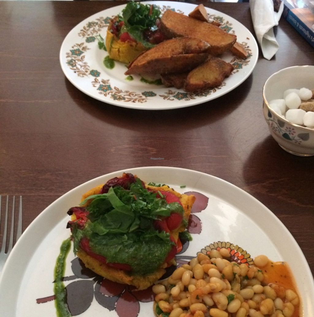 """Photo of Skye Pie Cafe  by <a href=""""/members/profile/Marianne1967"""">Marianne1967</a> <br/>one vegan ie with wedges, one with beans <br/> August 26, 2015  - <a href='/contact/abuse/image/59044/115294'>Report</a>"""