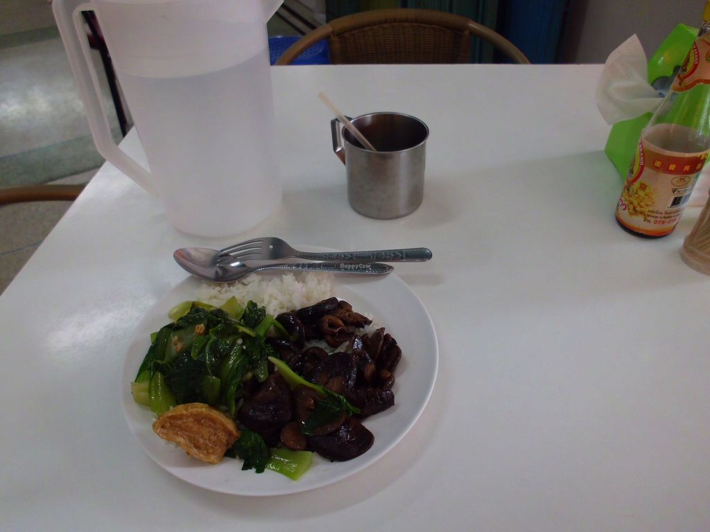"""Photo of CLOSED: Num Heng Vegetarian - Thanon Sheutt  by <a href=""""/members/profile/Maros"""">Maros</a> <br/>An example of served food <br/> August 22, 2017  - <a href='/contact/abuse/image/59142/295582'>Report</a>"""