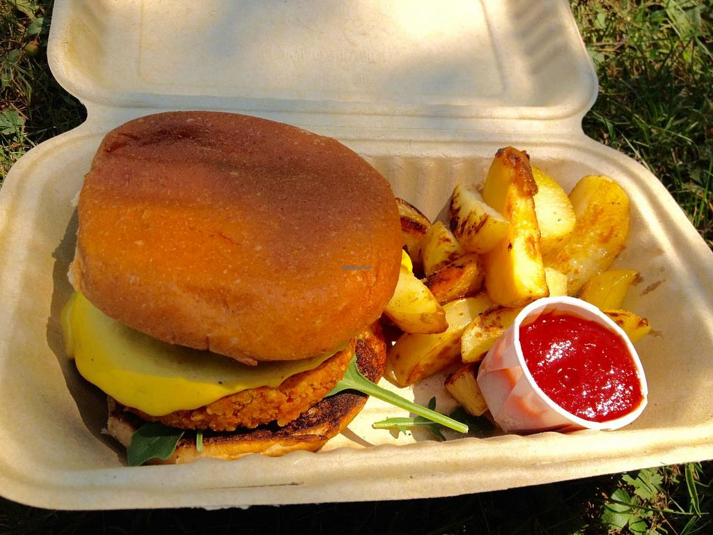 """Photo of Amor - Catering  by <a href=""""/members/profile/Jeopardy"""">Jeopardy</a> <br/>'Sweet Ass Burger' <br/> July 12, 2015  - <a href='/contact/abuse/image/59195/109073'>Report</a>"""