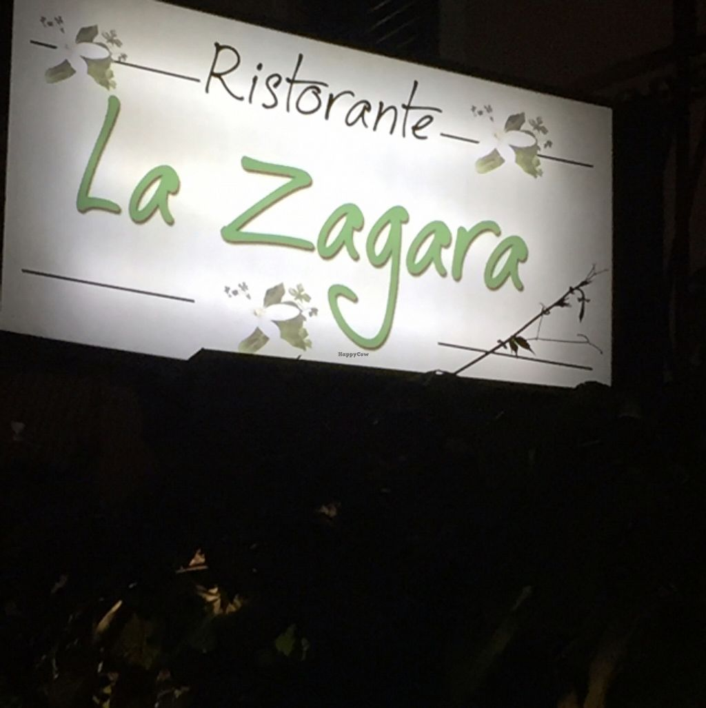 "Photo of La Zagara  by <a href=""/members/profile/comahony"">comahony</a> <br/>sign <br/> September 29, 2015  - <a href='/contact/abuse/image/59206/119570'>Report</a>"