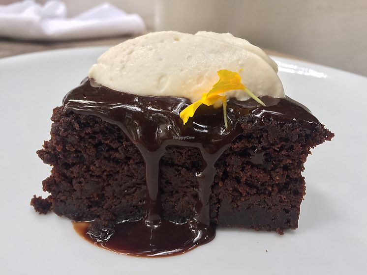"""Photo of Plant Food and Wine  by <a href=""""/members/profile/Bea_lc"""">Bea_lc</a> <br/>chocolate cake dessert  <br/> June 25, 2017  - <a href='/contact/abuse/image/59229/273166'>Report</a>"""