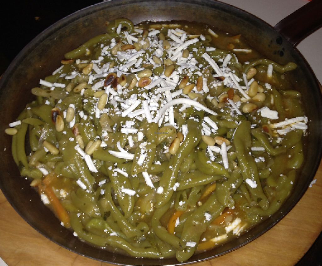 """Photo of Matoni  by <a href=""""/members/profile/sophc24"""">sophc24</a> <br/>Green Pasta with Vegetables (Vegetarian)! <br/> June 27, 2016  - <a href='/contact/abuse/image/59272/236058'>Report</a>"""
