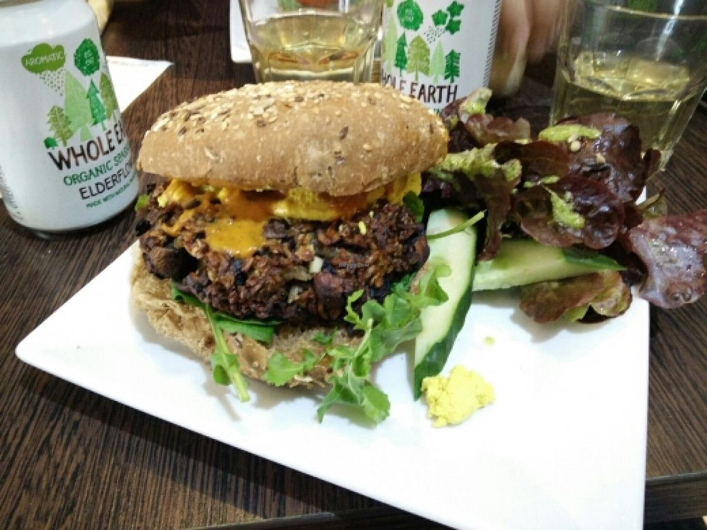 """Photo of CLOSED: The Grassy Hopper   by <a href=""""/members/profile/Meaks"""">Meaks</a> <br/>Mushroom burger <br/> April 10, 2016  - <a href='/contact/abuse/image/59283/143812'>Report</a>"""