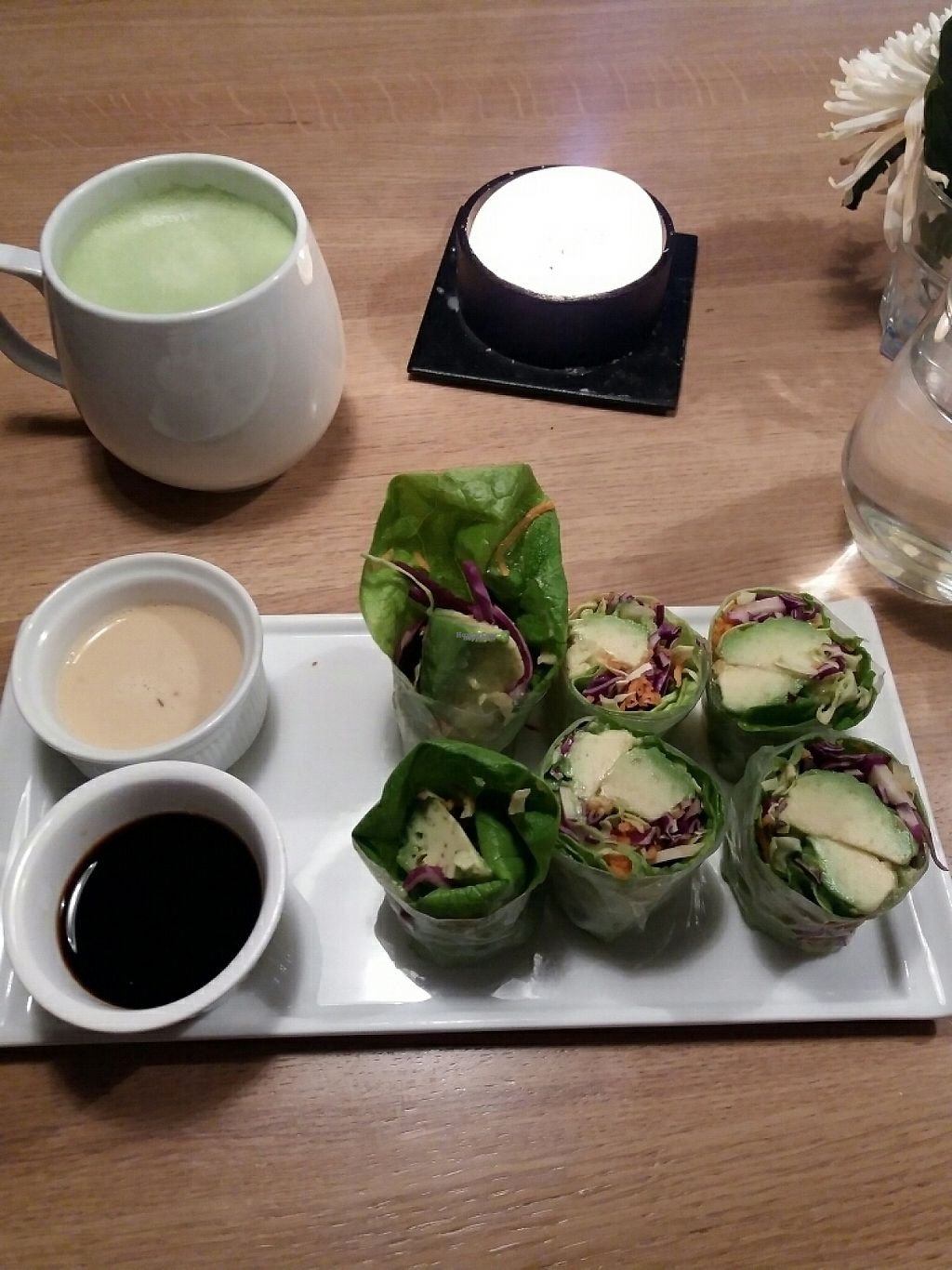 """Photo of simpleRAW  by <a href=""""/members/profile/Smoelfine"""">Smoelfine</a> <br/>rice paper rolls <br/> January 11, 2017  - <a href='/contact/abuse/image/59290/210709'>Report</a>"""
