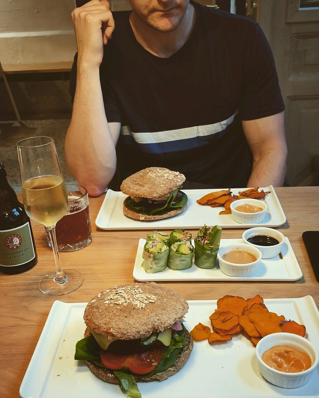 """Photo of simpleRAW  by <a href=""""/members/profile/KarenClement"""">KarenClement</a> <br/>warm cheeseburger, avocado wraps, beer and cava <br/> August 25, 2017  - <a href='/contact/abuse/image/59290/296921'>Report</a>"""