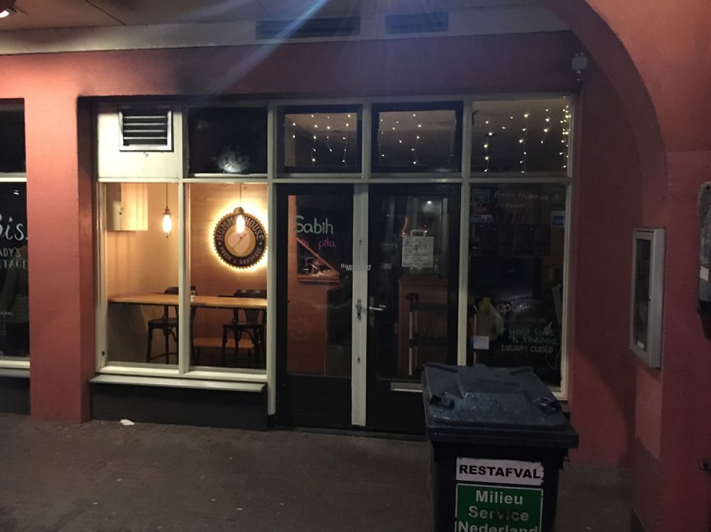 """Photo of De Hummus House - Sint Antoniesbreestraat  by <a href=""""/members/profile/hack_man"""">hack_man</a> <br/>outside at night  <br/> January 2, 2017  - <a href='/contact/abuse/image/59292/207115'>Report</a>"""