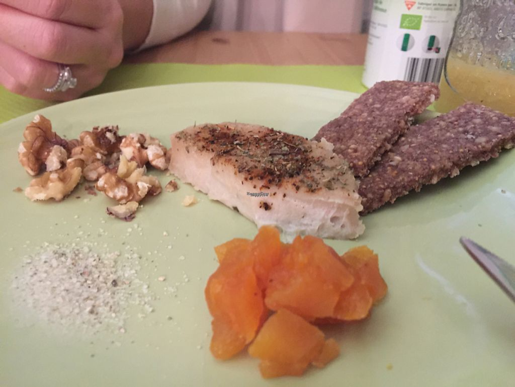 """Photo of CLOSED: Les Petits Zozios  by <a href=""""/members/profile/Vanylemon"""">Vanylemon</a> <br/>frawmagede cajou et ses crackers : yummi <br/> December 3, 2016  - <a href='/contact/abuse/image/59309/196917'>Report</a>"""