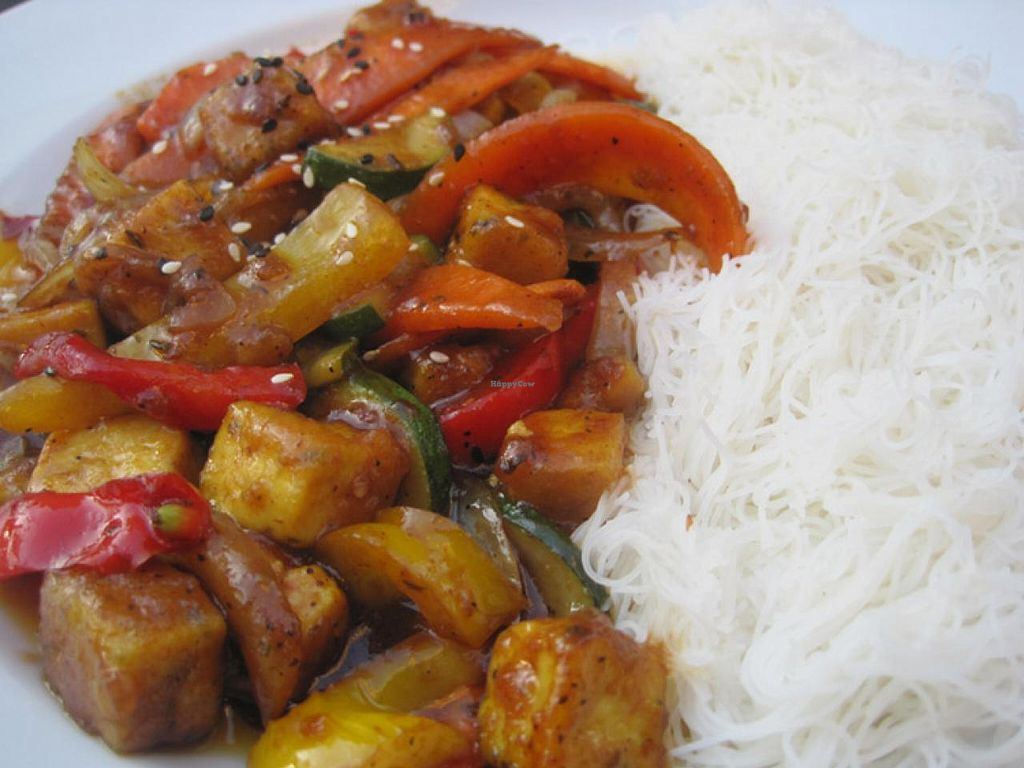 """Photo of Bistro Le Ste-Cath  by <a href=""""/members/profile/Babette"""">Babette</a> <br/>The General Tso Tofu. Recommended <br/> June 15, 2015  - <a href='/contact/abuse/image/59356/106067'>Report</a>"""