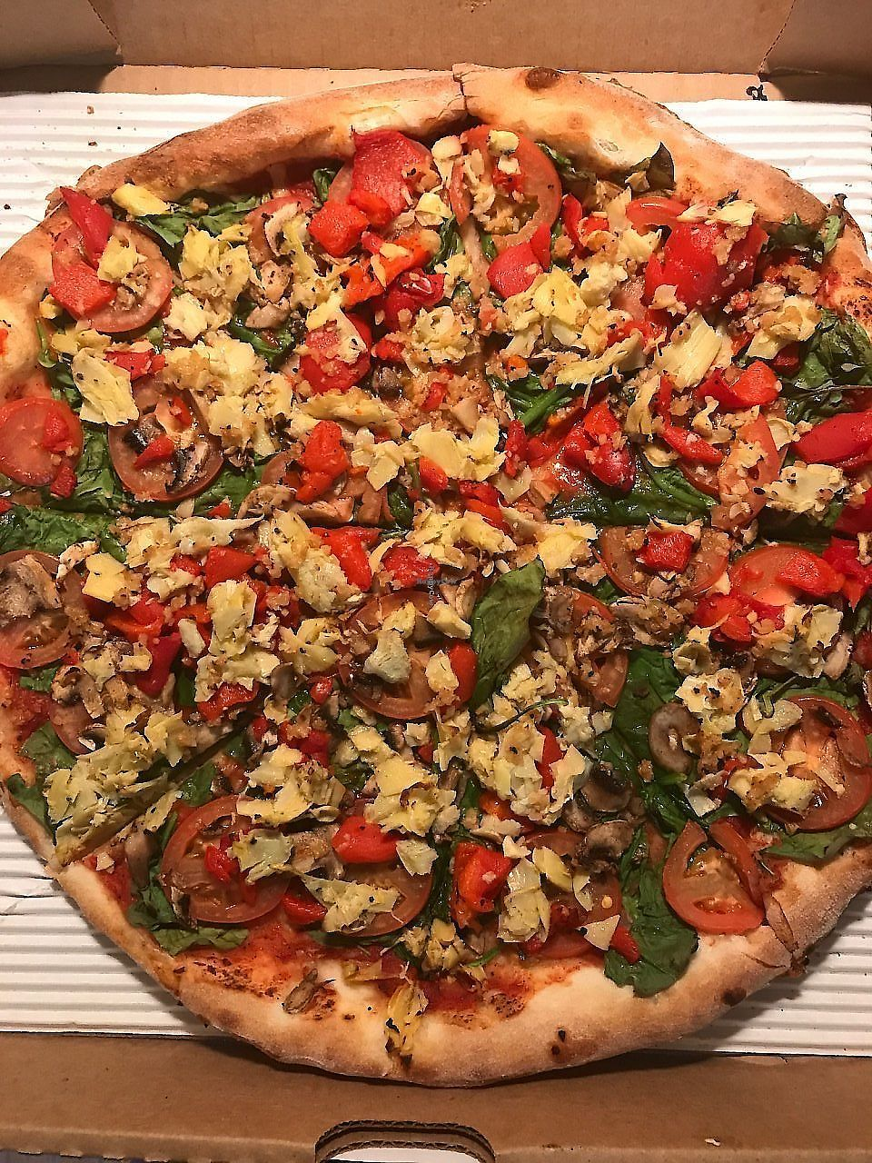 """Photo of Peace Love and Pizza - Towne Lake  by <a href=""""/members/profile/KerryElise"""">KerryElise</a> <br/>They also have Daiya, but I prefer no cheese <br/> August 29, 2017  - <a href='/contact/abuse/image/59365/308928'>Report</a>"""