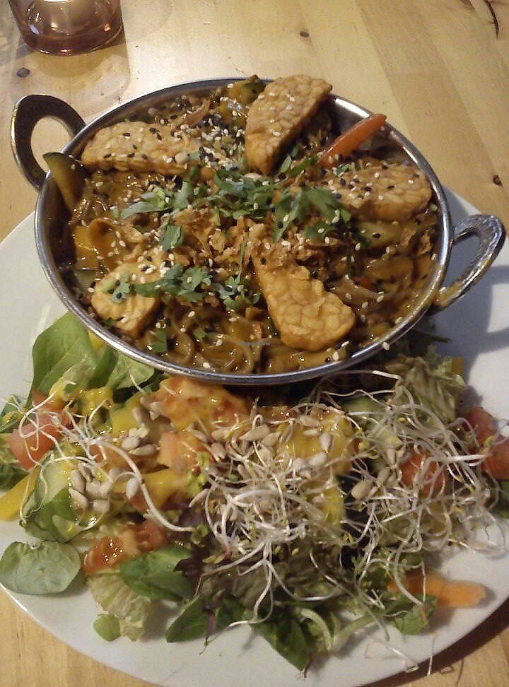 "Photo of Ahimsa Vegan Restaurant and Club  by <a href=""/members/profile/FernandoMoreira"">FernandoMoreira</a> <br/>red curry <br/> November 19, 2017  - <a href='/contact/abuse/image/59379/326910'>Report</a>"