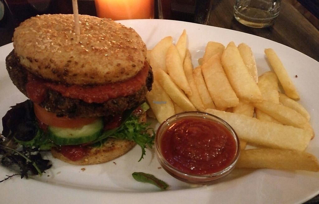 """Photo of Aye Aye Club  by <a href=""""/members/profile/Gothabella"""">Gothabella</a> <br/>Vegan Burger <br/> January 20, 2017  - <a href='/contact/abuse/image/59398/240511'>Report</a>"""