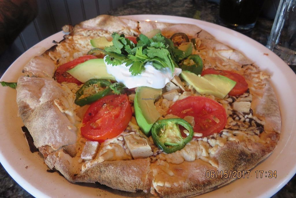 """Photo of Louisiana Pizza Kitchen  by <a href=""""/members/profile/tracyrocks"""">tracyrocks</a> <br/>pizza with avocado and vegan chicken <br/> June 18, 2017  - <a href='/contact/abuse/image/59548/270675'>Report</a>"""