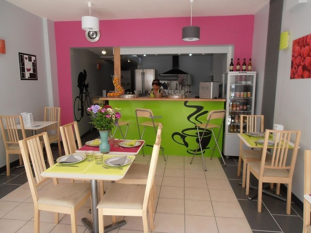 """Photo of Le Velo Bar  by <a href=""""/members/profile/community4"""">community4</a> <br/>Le Velo Bar  <br/> March 12, 2017  - <a href='/contact/abuse/image/59599/235671'>Report</a>"""