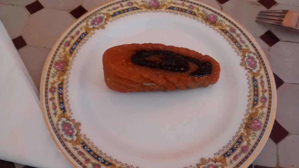 "Photo of Le Safran  by <a href=""/members/profile/JonJon"">JonJon</a> <br/>Morrocan dessert without egg nor butter <br/> June 23, 2015  - <a href='/contact/abuse/image/59688/107031'>Report</a>"