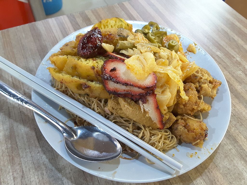 Photo of Tanaka Vegetarian - Woodlands  by linrx <br/>Vegetarian bee hoon <br/> August 11, 2017  - <a href='/contact/abuse/image/59738/291422'>Report</a>