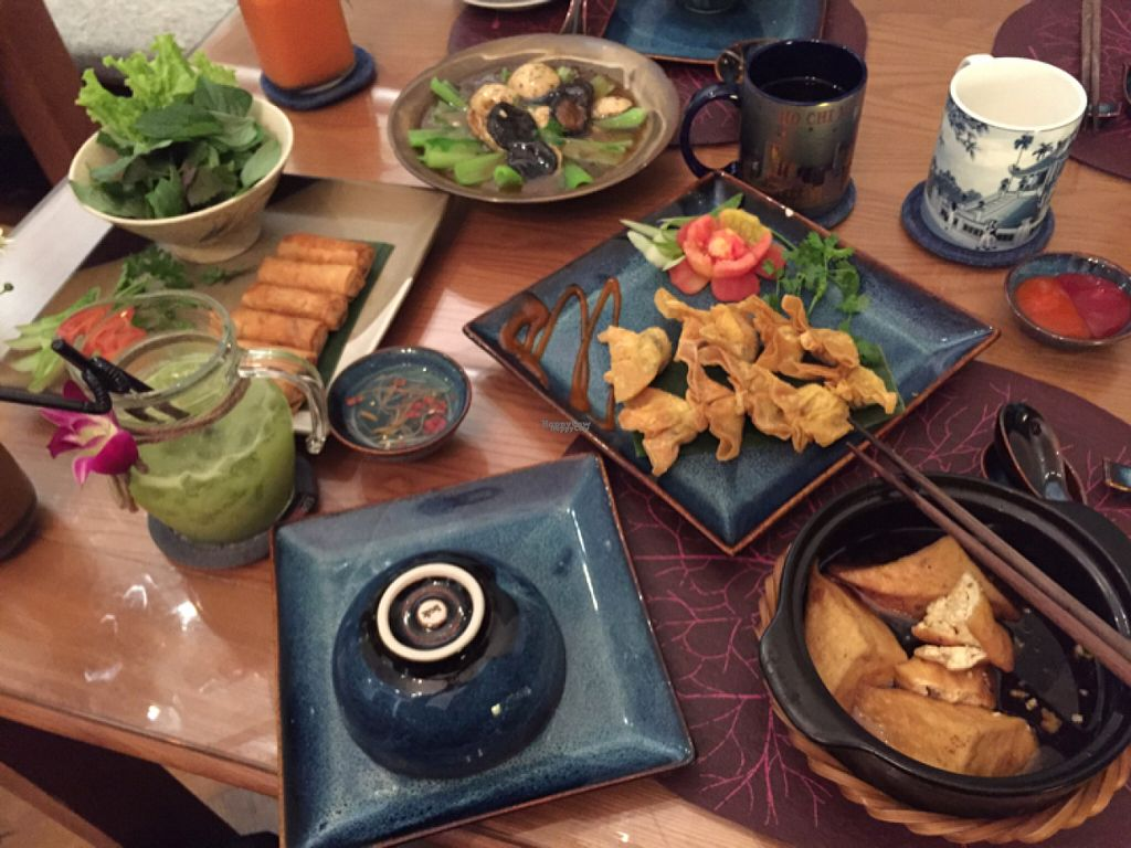 "Photo of Bong Sung Vegetarian Food  by <a href=""/members/profile/SusanRoberts"">SusanRoberts</a> <br/>stuffed tofu, stuffed shiitake, spring rolls, fried wantan  <br/> August 3, 2016  - <a href='/contact/abuse/image/59832/164999'>Report</a>"