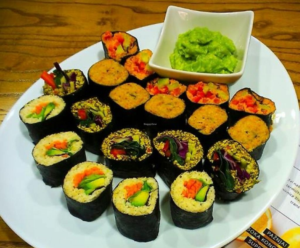 Photo of Zdravo Zivo  by Irina B <br/>Raw vegan sushi  <br/> January 19, 2016  - <a href='/contact/abuse/image/59846/243545'>Report</a>