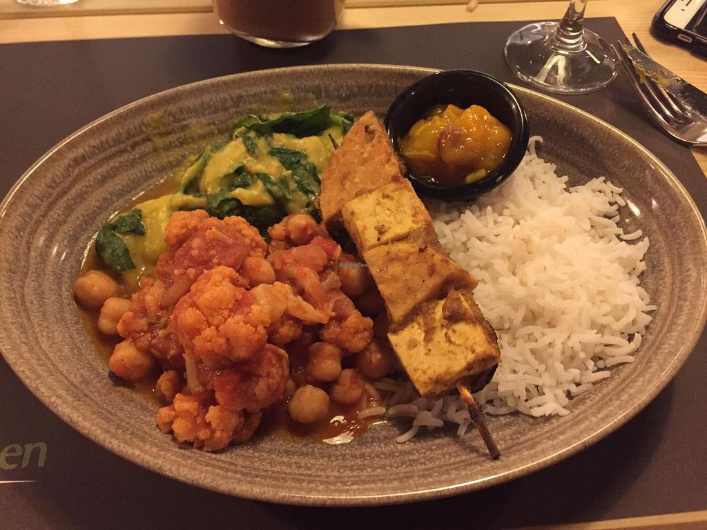 "Photo of BodhiGreen Vegetariano  by <a href=""/members/profile/KaitlynJones"">KaitlynJones</a> <br/>Chickpea & spinach curry <br/> July 20, 2015  - <a href='/contact/abuse/image/59859/110019'>Report</a>"