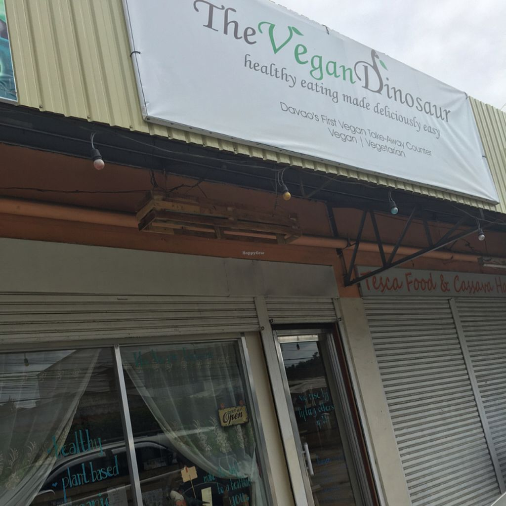 """Photo of The Vegan Dinosaur  by <a href=""""/members/profile/AmandaLovesAnimals"""">AmandaLovesAnimals</a> <br/>store front <br/> June 26, 2016  - <a href='/contact/abuse/image/59921/156123'>Report</a>"""