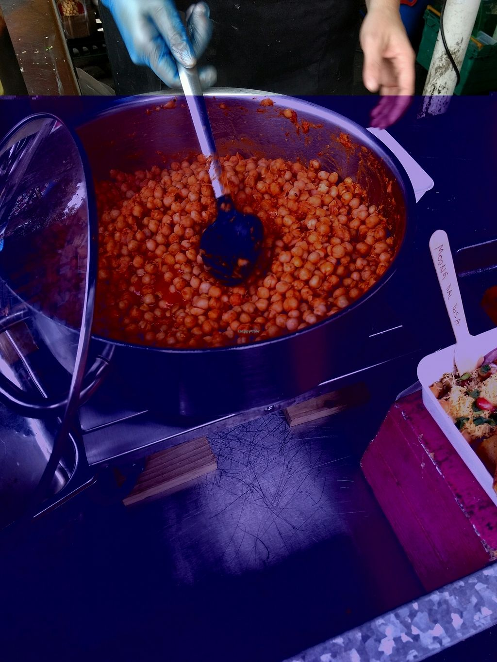 """Photo of Horn Ok Please - Food Stall  by <a href=""""/members/profile/craigmc"""">craigmc</a> <br/>chickpea action <br/> October 17, 2017  - <a href='/contact/abuse/image/59959/316168'>Report</a>"""