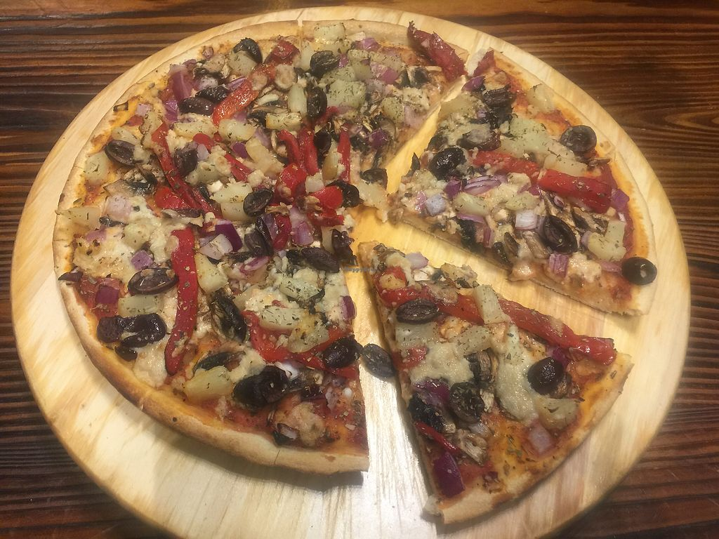 """Photo of Zesty Pizza  by <a href=""""/members/profile/Tiggy"""">Tiggy</a> <br/>Classic Vegetarian with vegan cheese <br/> September 13, 2017  - <a href='/contact/abuse/image/59966/303958'>Report</a>"""