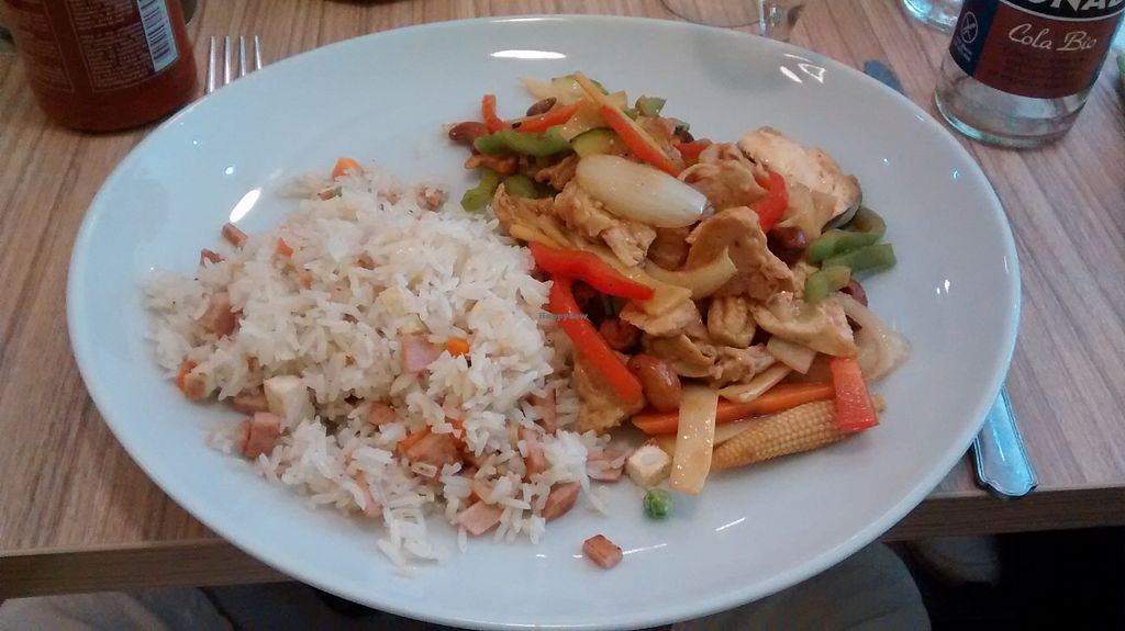 "Photo of Vege Saveurs  by <a href=""/members/profile/JonJon"">JonJon</a> <br/>Fake chicken with cashew nuts and Cantonese rice <br/> August 6, 2015  - <a href='/contact/abuse/image/60048/112515'>Report</a>"