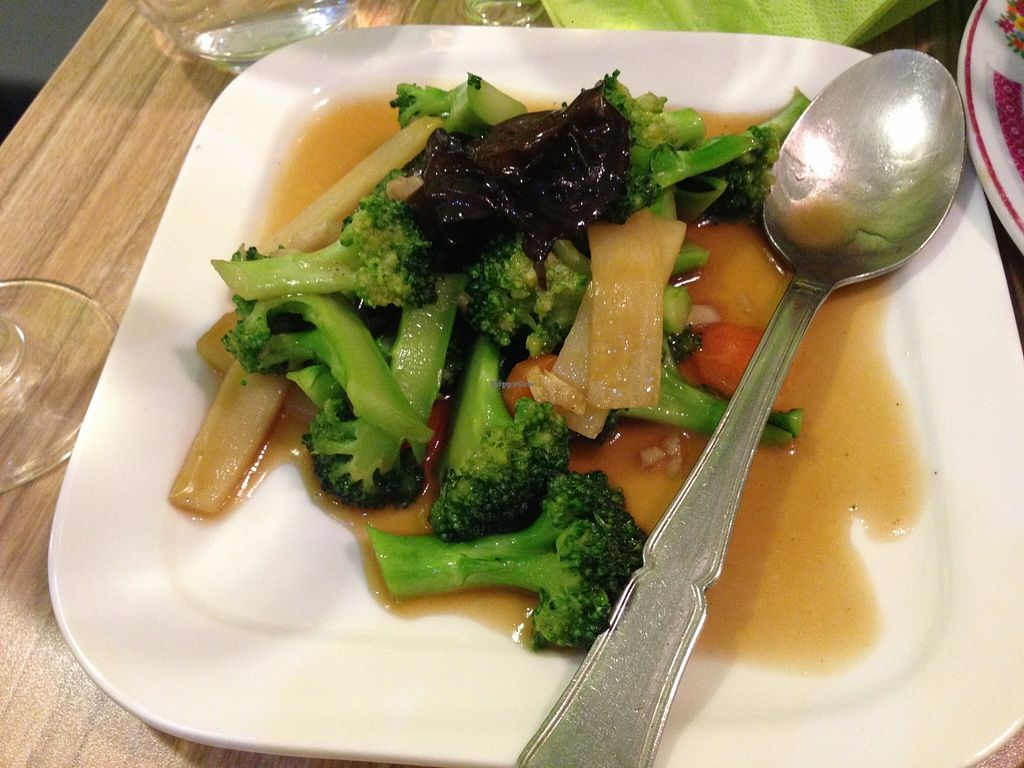 "Photo of Vege Saveurs  by <a href=""/members/profile/uomotofu"">uomotofu</a> <br/>VégéSaveurs 6 - Chop suey <br/> February 6, 2016  - <a href='/contact/abuse/image/60048/135221'>Report</a>"