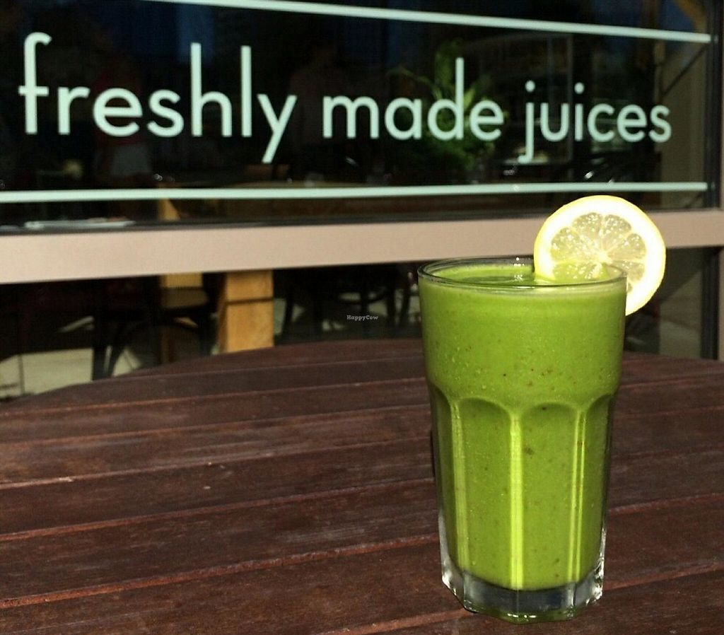 """Photo of Jujubeet - Washington Square  by <a href=""""/members/profile/momstheworld"""">momstheworld</a> <br/>hmm....green beauty! <br/> June 30, 2015  - <a href='/contact/abuse/image/60085/232848'>Report</a>"""