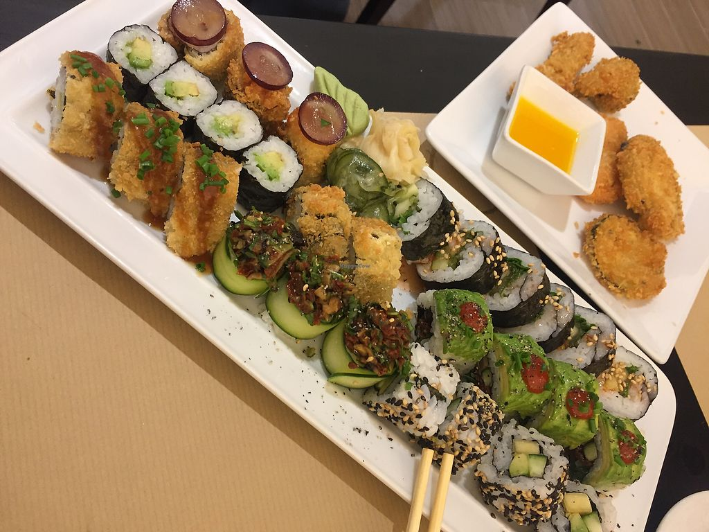"""Photo of Teppan  by <a href=""""/members/profile/AdrianaMartins"""">AdrianaMartins</a> <br/>Vegan sushi for 1 <br/> February 21, 2018  - <a href='/contact/abuse/image/60098/362026'>Report</a>"""