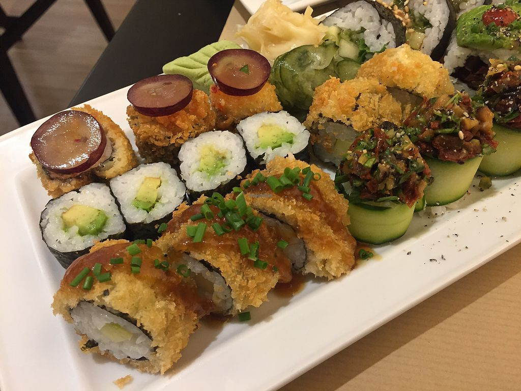 """Photo of Teppan  by <a href=""""/members/profile/AdrianaMartins"""">AdrianaMartins</a> <br/>Sushi vegan  <br/> February 21, 2018  - <a href='/contact/abuse/image/60098/362027'>Report</a>"""