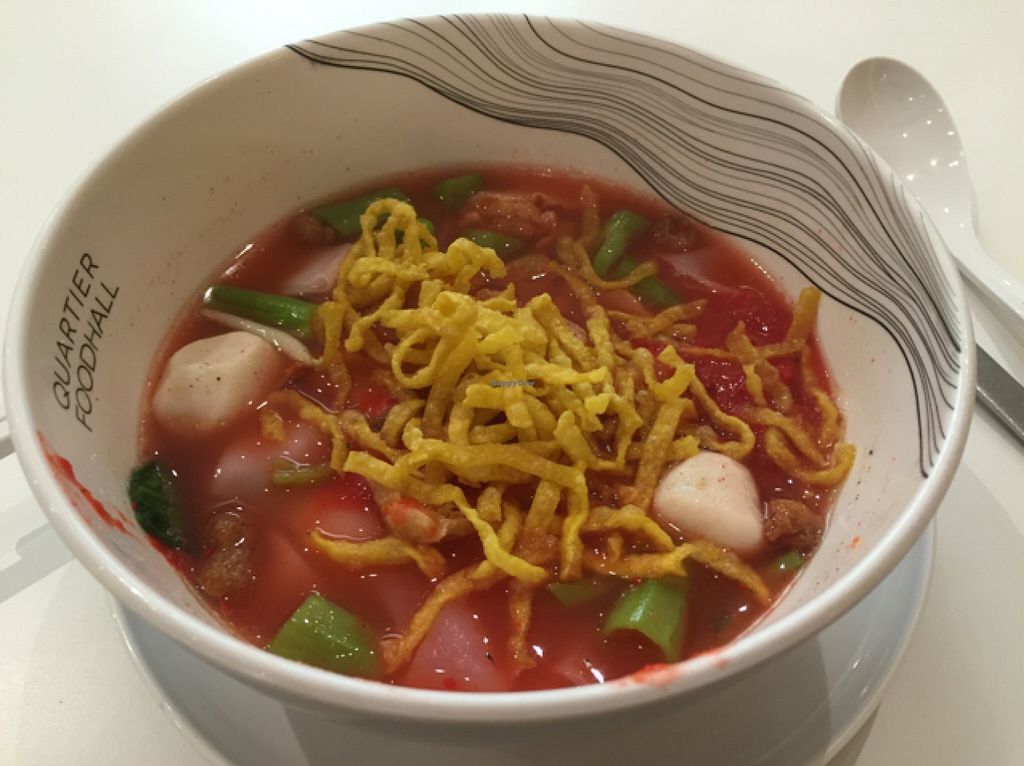 """Photo of Walee - EM Quartier  by <a href=""""/members/profile/Jrosworld"""">Jrosworld</a> <br/>Noodles in yong tau foo sauce, 80 baht <br/> October 9, 2015  - <a href='/contact/abuse/image/60106/120666'>Report</a>"""