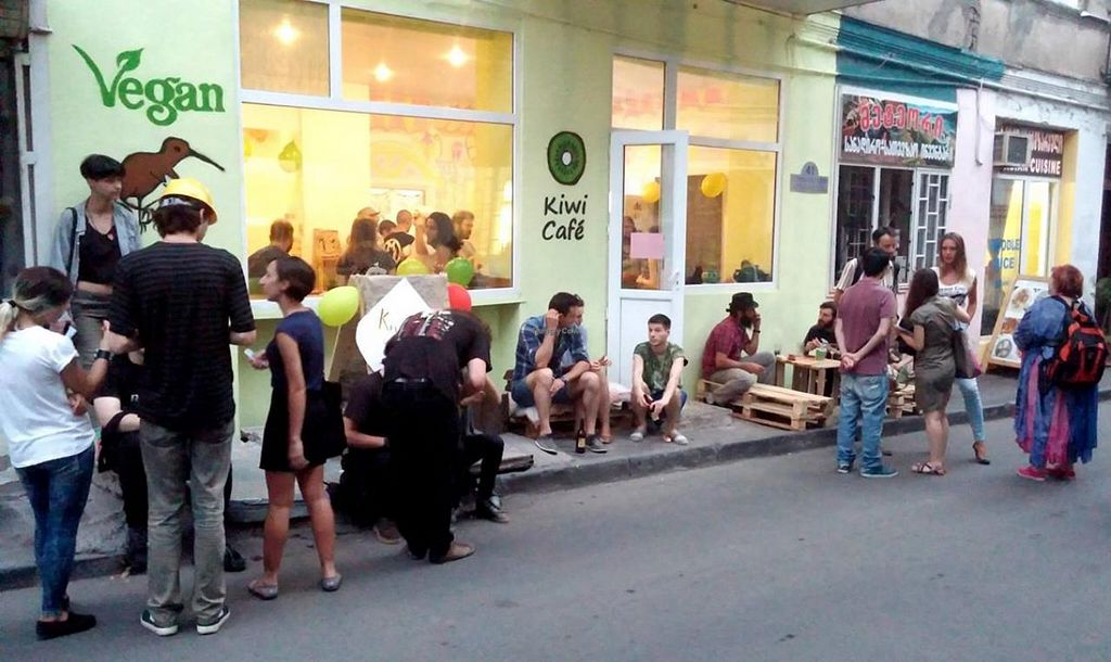 Photo of Kiwi Vegan Cafe  by Soroush.n <br/>Kiwi- Outdoor <br/> July 18, 2015  - <a href='/contact/abuse/image/60107/109780'>Report</a>
