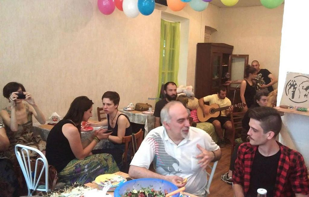 Photo of Kiwi Vegan Cafe  by Soroush.n <br/>Kiwi Cafe- Interior <br/> July 18, 2015  - <a href='/contact/abuse/image/60107/109782'>Report</a>