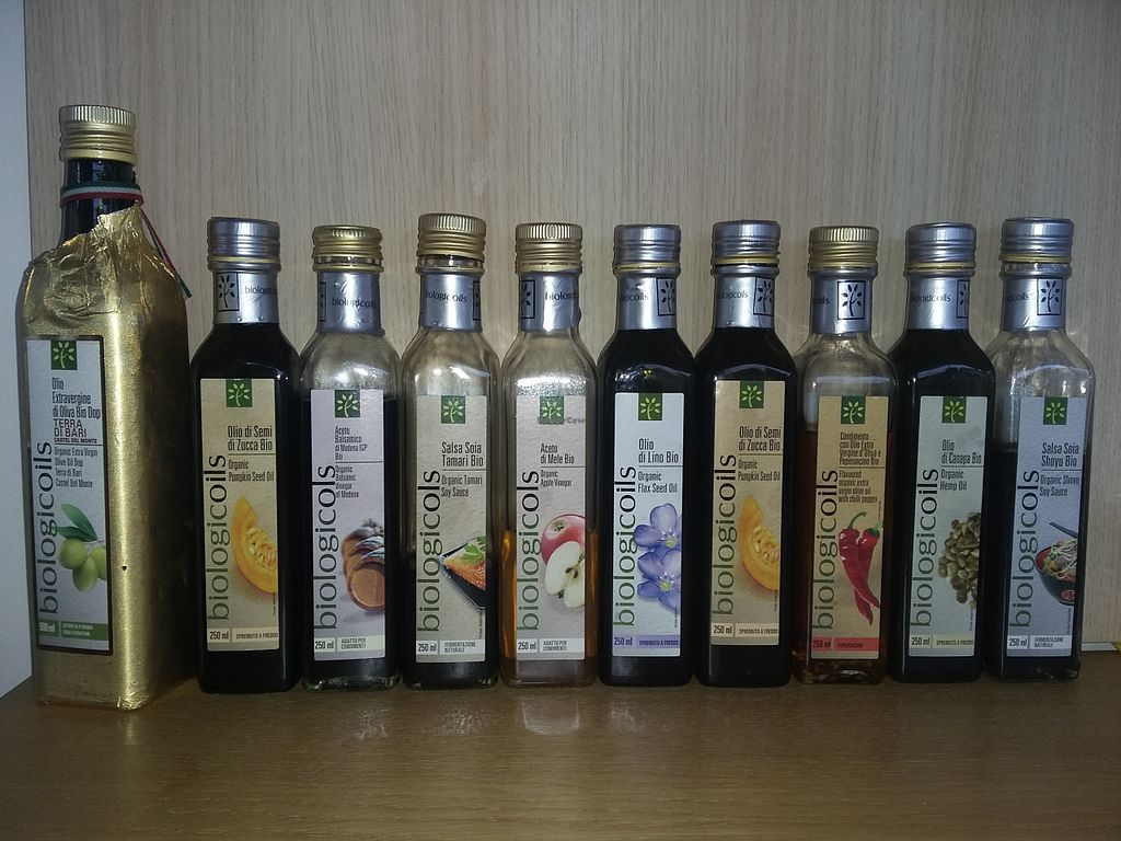 """Photo of Sopra la Panca  by <a href=""""/members/profile/sasu333"""">sasu333</a> <br/>organic oil of a lot of different interesting seed <br/> August 3, 2015  - <a href='/contact/abuse/image/60128/112116'>Report</a>"""