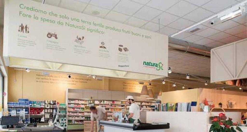"Photo of NaturaSi - Piazzale di Porta Lodovica  by <a href=""/members/profile/veg-geko"">veg-geko</a> <br/>NaturaSi - Piazzale di Porta Lodovica <br/> July 4, 2015  - <a href='/contact/abuse/image/60151/108094'>Report</a>"