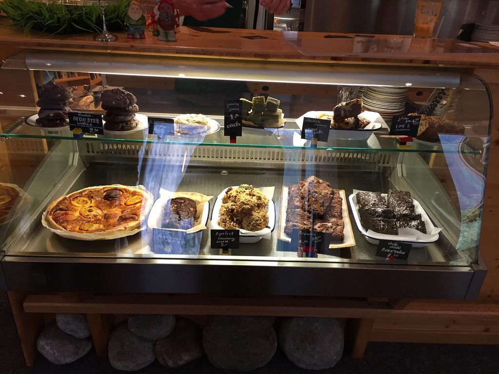 """Photo of Airtime Cafe  by <a href=""""/members/profile/Paolla"""">Paolla</a> <br/>Cakes <br/> July 12, 2015  - <a href='/contact/abuse/image/60182/109084'>Report</a>"""